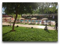 отель Grand Mir Hotel: Внутренний двор