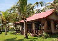 отель Green Papaya Organic Village: Private Beach Villa