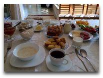 отель Green yard: Завтрак в отеле