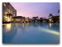 отель Guoman Hotel: Бассейн