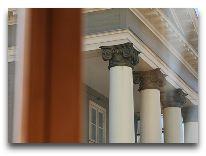 отель Hanza Hotel: Вид из окон