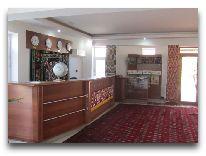 отель Hayat Inn: Ресепшен