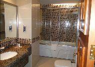 отель Hazyna Hotel: Ванная номера Люкс