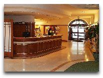 отель Hetman: Лобби отеля