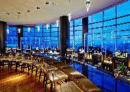 отель Hilton Baku: Бар вращающийся на 360 градусов.