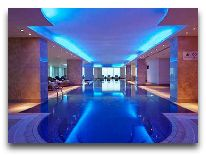 отель Hilton Baku: Бассейн