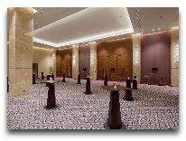отель Hilton Batumi: Хол перед залом Rustaveli