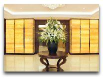 отель Hilton Garden Inn: Холл