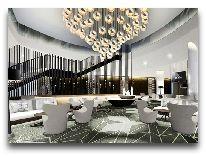 отель Hilton Tallinn Park: Холл