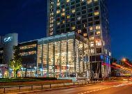 отель Hilton Warsaw Hotel and Convention Centre: Отель вечером