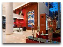 отель Hilton Warsaw Hotel and Convention Centre: Лобби