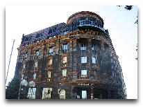 отель Historic Yerevan Hotel Tufenkian: Фасад