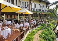 отель Hoi An Riverside Resort Hotel: Открытое кафе