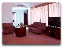 отель Holiday Bishkek: Номер Suite superior