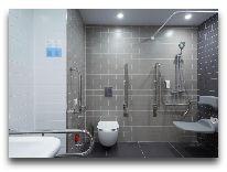 отель Holiday Inn Express – Yerevan: Ванная в номере