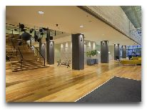 отель Holiday Inn Tbilisi: Холл