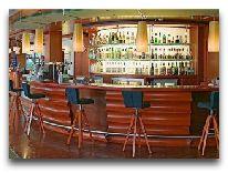 отель Holihday Inn Helsinki City Center: Лобби-бар
