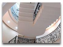 отель Vedzisi Hotel: Холл отеля