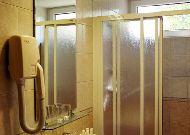 отель Hotel Alka: Ванная в стадартоном номре