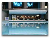 отель Hotel Aqua: Бар в аквапарке