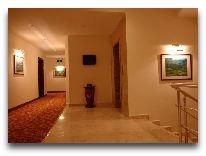 отель Atropat Hotel: Коридор