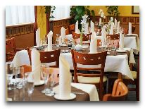 отель Dal Hotel: Ресторан
