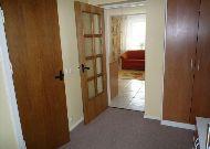 отель Hotel Egliu Slenis (Juodkrante): Прихожая в двухкомнатном номере
