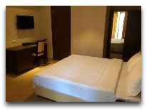 отель KMM Hotel: Номер Полулюкс