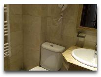 отель KMM Hotel: Ванная