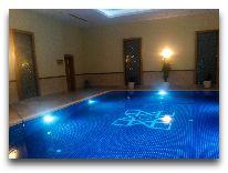 отель Hotel Mary Сity: Бассейн