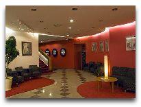 отель Neringa: Холл