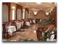 отель Wyspianski Hotel: Ресторан