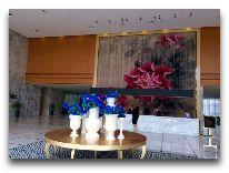 отель Hotels & Preference Hualing Tbilisi: Холл отеля