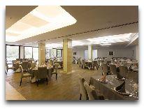 отель Hrazdan Hotel: Ресторан