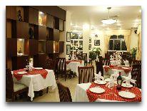 отель Hue Queen Hotel: Ресторан