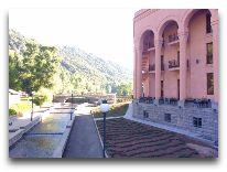 отель Grand Resort Jermuk: Территория отеля