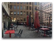 отель Ibis Yerevan Centre: Веранда отеля