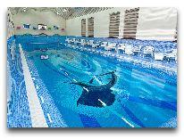 отель Ichan Qala: Закрытый бассейн