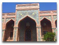 отель Ichan Qala: Вход в виллу Фергана