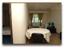 отель Impuls hotel: Четырехместный номер