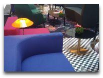 отель Indigo Hotel: Холл отеля