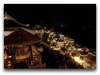 отель Intercontinental Danang Resort: Отель ночью