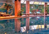 отель Intourist Palace Hotel: Закрытый бассейн