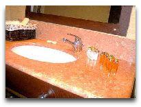 отель Intourist Palace Hotel: Ванная комната