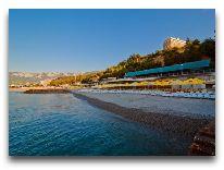 отель Ялта – Интурист: Пляж