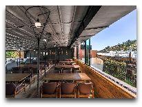 отель Iota Tbilisi: Ресторан на крыше