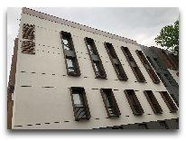 отель Iota Tbilisi: Фасад отеля
