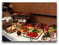 отель Rixwell Irina Hotel: Завтрак