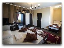 отель Iris: Номер Family room