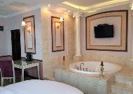 отель Jannat Regency: Honeymoon Suite
